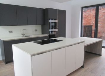 Thumbnail 3 bed flat to rent in St. Pauls Square, Birmingham