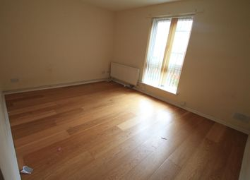 Thumbnail 1 bedroom flat to rent in Grove Road, Luton