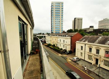 2 bed flat to rent in Francis Road, Edgbaston, Birmingham B16