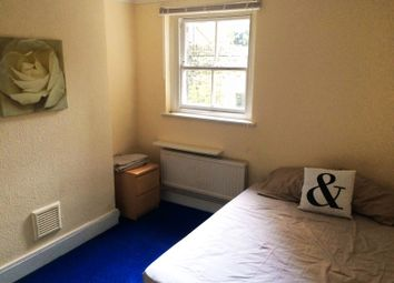 Thumbnail 6 bed shared accommodation to rent in Winthorpe Road, Putney