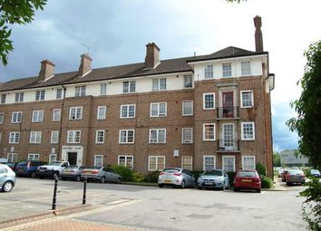 Thumbnail 2 bedroom flat to rent in Bishopric Court, Horsham