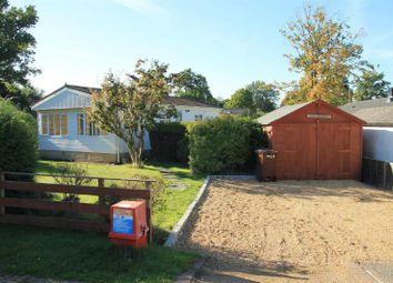 Thumbnail 2 bedroom mobile/park home for sale in Wellingtonias, Warfield Park, Bracknell