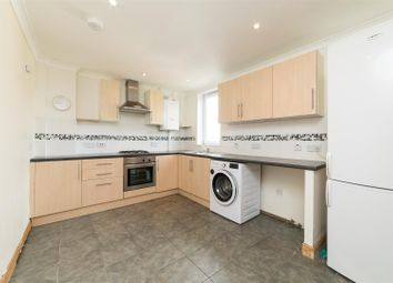 Thumbnail 3 bedroom flat for sale in Glenisla, Shorehead, Newburgh, Cupar
