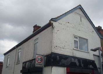 Thumbnail 2 bed flat to rent in Wellington Street, Grimsby