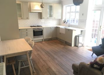 3 bed maisonette to rent in Little Ealing Lane, London W5