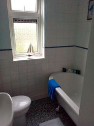 Thumbnail 1 bed flat to rent in Lindisfarne Road, Essex RM82Qx