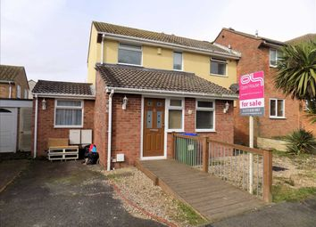 Thumbnail 5 bed property for sale in Rosemary Close, Peacehaven