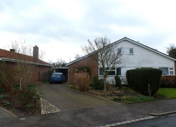 Thumbnail 4 bed bungalow to rent in Brickfield Road, Renhold, Bedford