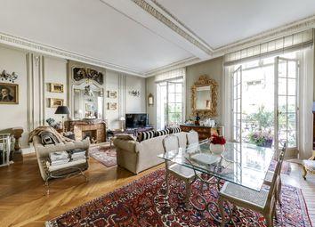 Thumbnail 2 bed apartment for sale in 16th Arrondisssement, Paris, France