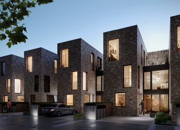 Thumbnail 3 bed town house for sale in 6 Signal Townhouses, Greenwich