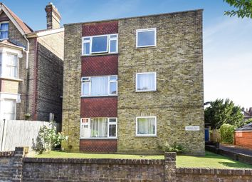 Thumbnail 2 bed flat for sale in Woodstock Road, Croydon