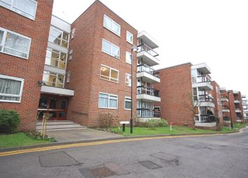 Thumbnail 3 bed flat to rent in Greenacres, Hendon Lane, Finchley