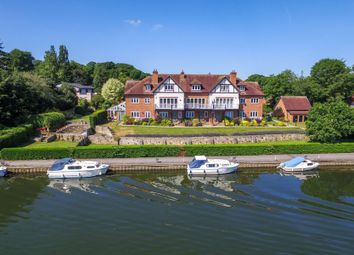 Thumbnail 4 bed property for sale in Thameside Reach, Ferry Lane, Moulsford