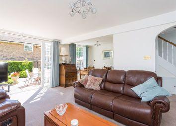 Felbridge Court, Felbridge, West Sussex RH19. 3 bed end terrace house