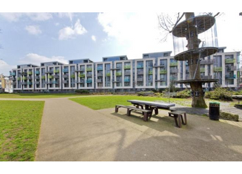 Thumbnail 1 bed flat to rent in Blackthorn Avenue, Holloway, London