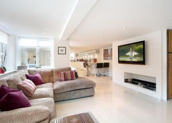 Thumbnail 2 bed detached house to rent in West Street, Marlow