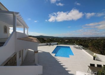 Thumbnail 4 bed villa for sale in Santa Barbara De Nexe, Central Algarve, Portugal