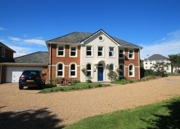 5 bed detached house for sale in Sandpiper, Aylesbury HP19