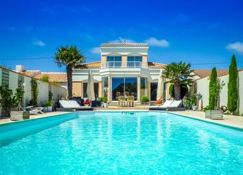 Thumbnail 4 bed villa for sale in Les-Sables-d-Olonne, Vendée, France