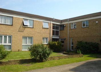 Thumbnail 1 bedroom flat to rent in Greystoke Road, Slough, Berkshire