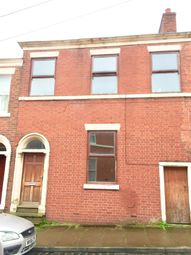 6 bed terraced house to rent in Chaddock Street, Preston, Lancashire PR1