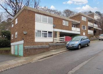 3 bed flat to rent in Havelock Rise, Luton LU2