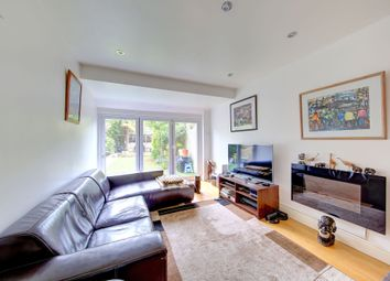 Thumbnail 2 bed maisonette for sale in Strathville Road, Earlsfield