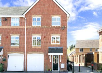 Thumbnail 4 bed town house for sale in Rycroft Meadow, Beggarwood, Basingstoke