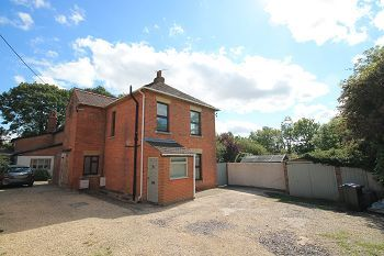 Thumbnail 3 bed detached house to rent in Imber Road, Warminster, Wiltshire