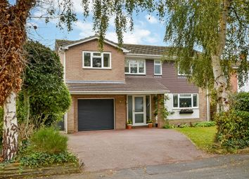North Shore Road, Hayling Island PO11. 4 bed detached house for sale
