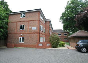 Thumbnail 2 bed flat to rent in Copper Beech Place, Wokingham, Berkshire