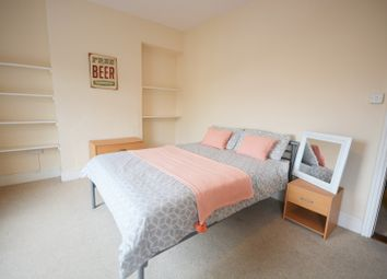 Thumbnail 5 bed shared accommodation to rent in North Hill Road, Mount Pleasant, Swansea