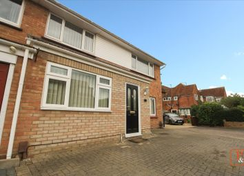 4 bed detached house to rent in Blenheim Drive, Colchester, Essex CO2