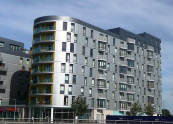 Thumbnail 1 bed flat to rent in Hunsaker, Alfred Street, Reading
