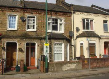 Thumbnail 3 bed flat to rent in Kilburn Lane, London