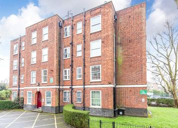 Thumbnail 3 bed flat to rent in Torriano Avenue, Kentish Town