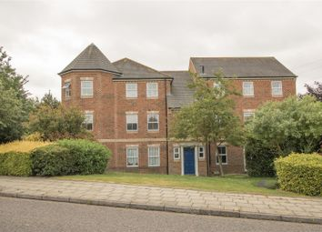 Thumbnail 3 bed flat for sale in Queensgate, Aylesbury
