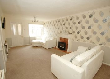 Thumbnail 3 bed property to rent in Detling Close, Hornchurch
