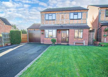 4 bed detached house for sale in Lansdowne Crescent, Studley B80