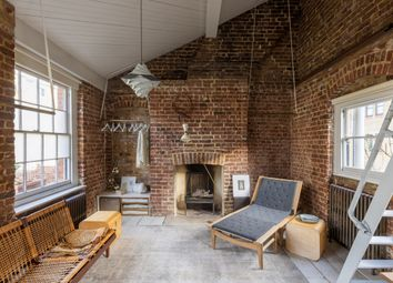 Thumbnail 1 bed terraced house for sale in Padbury Court, London