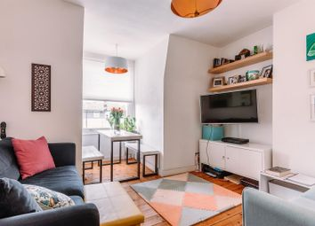 2 bed flat for sale in Tollington Park, London N4