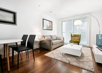 Thumbnail 1 bedroom flat for sale in Lincoln Plaza, South Quay, Canary Wharf