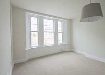 Thumbnail 2 bed flat to rent in Belgrave Road, Torquay