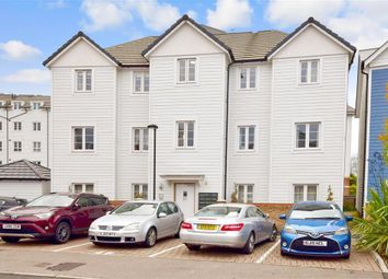 Thumbnail 2 bedroom flat for sale in Redbud Road, Tonbridge, Kent