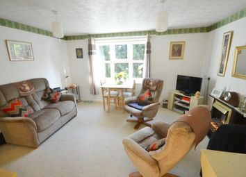 Thumbnail 2 bed flat for sale in Stoneygate Road, Leicester