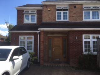 3 bed shared accommodation to rent in Ryecroft Crescent, Arkley, Barnet EN5