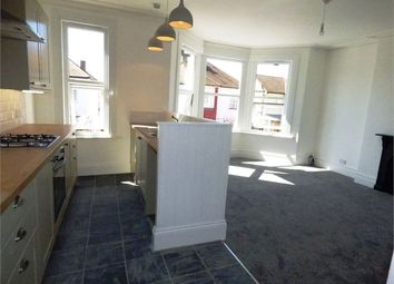 Thumbnail 2 bed flat to rent in Elm Road, Leigh On Sea