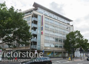 Thumbnail 1 bed flat to rent in City Road, Clerkenwell, London