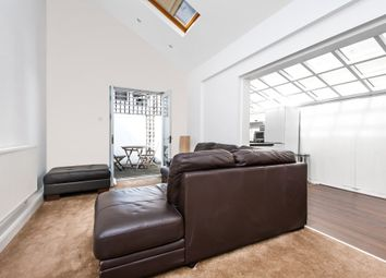 Thumbnail 2 bed flat to rent in Kersley Street, Battersea, London