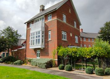 5 bed detached house for sale in Simmonds Crescent, Lower Earley, Reading RG6